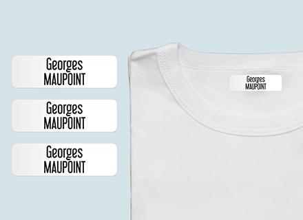 Une étiquette thermocollante sur un t-shirt